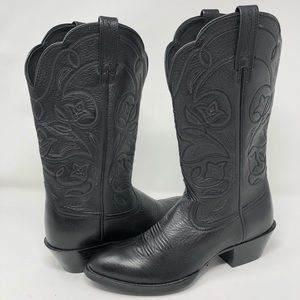Ariat heritage r toe western boots 6.5B
